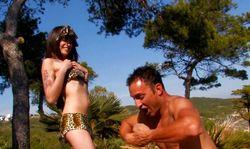 Jorge de la jungle se trouve une femme pour sodomie
